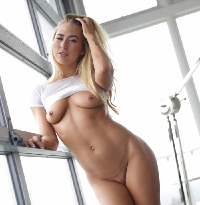 Lubed - Carter Cruise - Facialed In Suds (Big Tits)  [HD / 720p / 595.14 Mb]