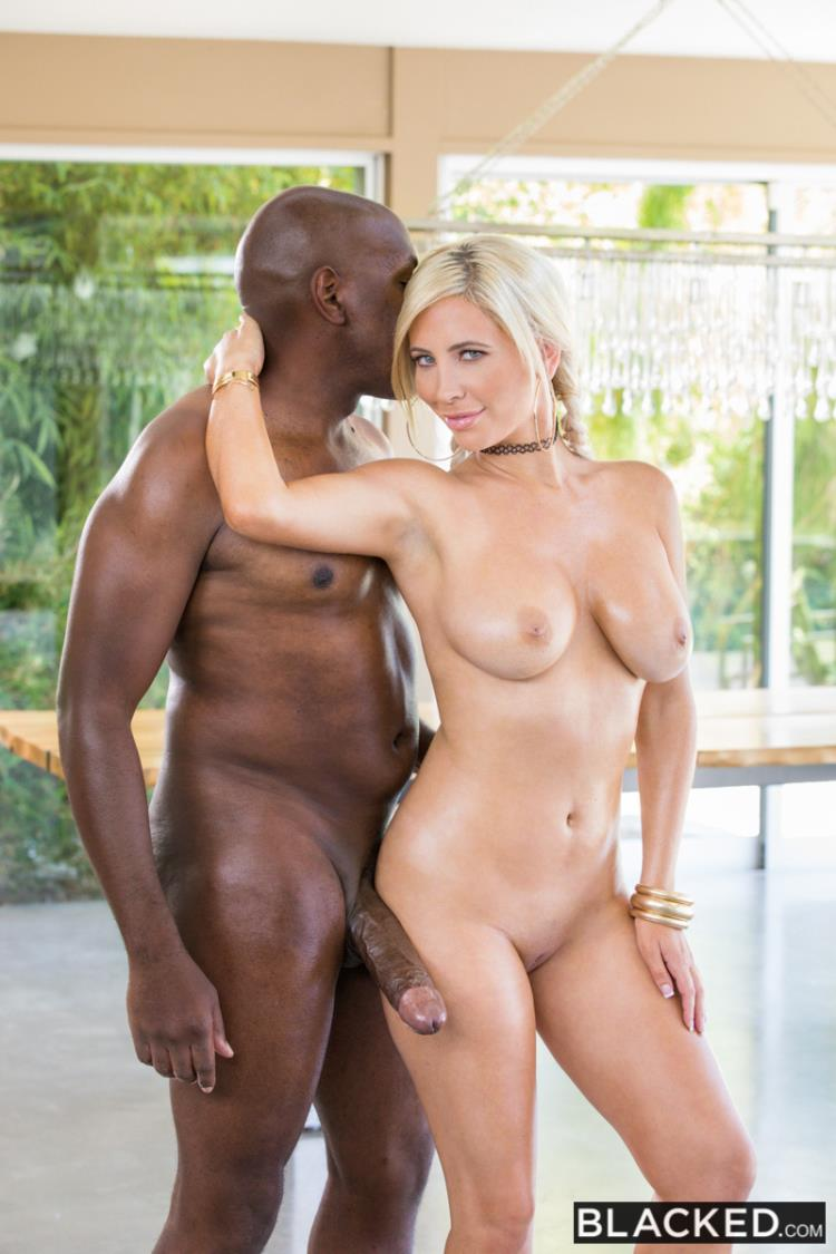 Tasha Reign - The Full Mr M Experience (03.08.2017) [Blacked / SD]