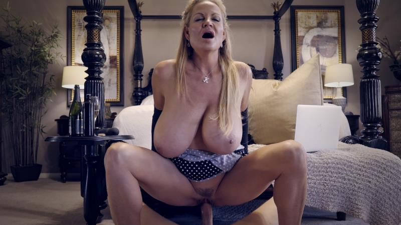 KellyMadison.com: Kelly Madison - Poke-a-Dots [SD] (409 MB)