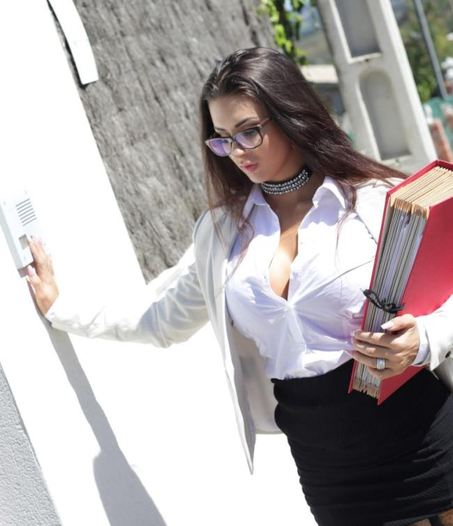 HandsonHardcore/DDFNetwork: Susy Gala - A Managers Advantage: Fucking The Secretary Under The Sun  [HD 720p] (904.59 Mb)