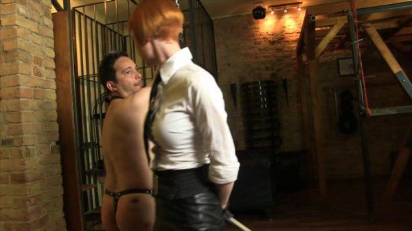 Sado Ladies - Domina Liza [Hard Caning In The Chamber] (FullHD 1080p)