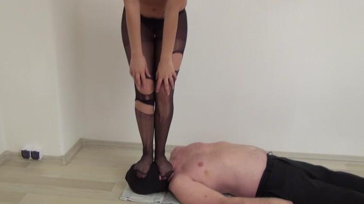 Trampling in torn stockings! [Clips4sale / FullHD]