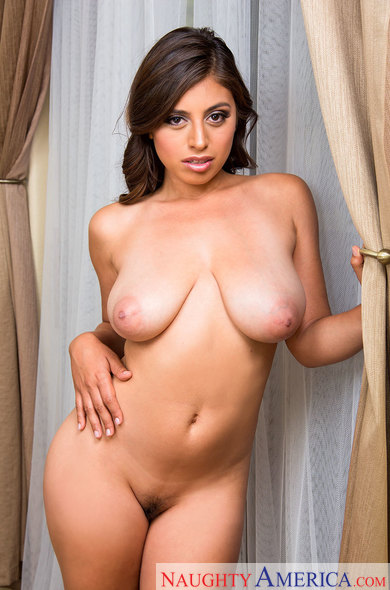 MyGirlfriendsBustyFriend/NaughtyAmerica:  Ella Knox(Big tit) - My Girlfriends Busty Friend 23091  [SD 360p]