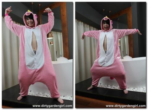 Pink unicorn [FullHD, 1080p] [DirtyGardenGirl.com]