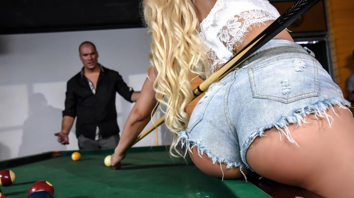 Luna Star - Two Balls in the Corner Pocket / 03-08-2017 (BigButtsLikeItBig, Brazzers) [SD/480p/MP4/279 MB] by XnotX