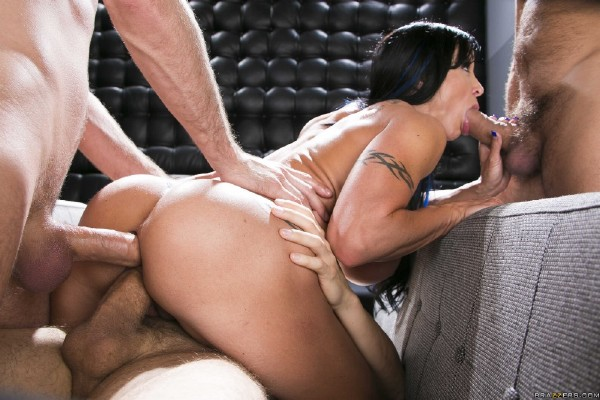 MilfsLikeItBig/BraZZers: Jewels Jade - Jewels and the Gang  [FullHD 1080p]  (Big tit)