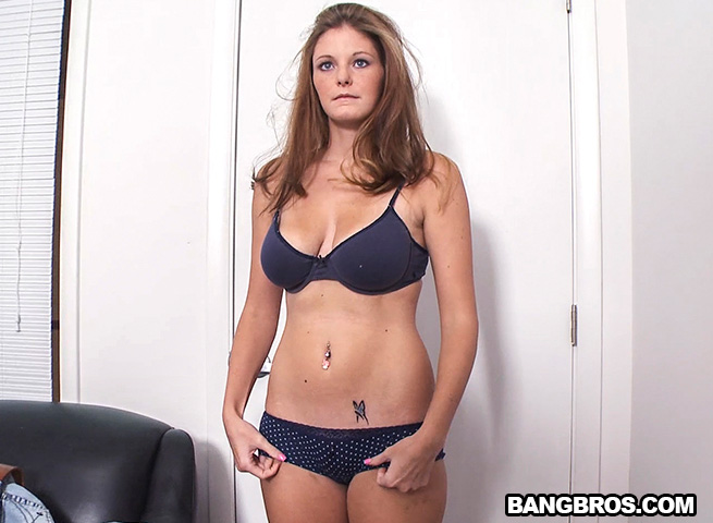 Amber - Sweet Blue Eyes Knows How To Have A Good Time [BangBros, BackRoomFacials / SD]