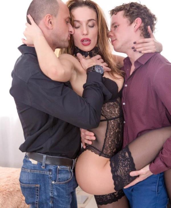Hazel Dew - Hazel Dew in a threesome with anal, DP and double creampie (Private)  [HD 720p]