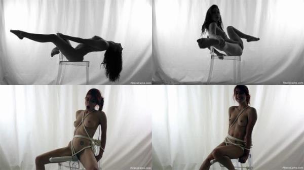 Girl MiaRand - Can I Escape Before I Cum (Chaturbate.Webcams)  [HD 720p]
