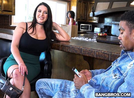 MonstersOfCock, BangBros: Angela White - Big Tits vs. Monster Cock (SD/480p/394 MB) 26.09.2017