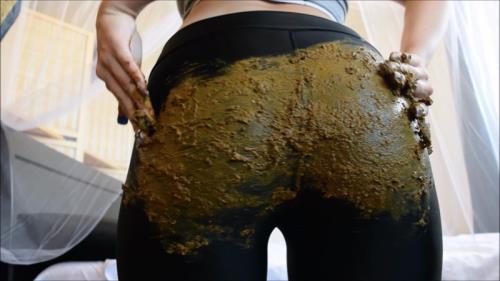 Big Farty Dump in Leggings [FullHD] - Scat