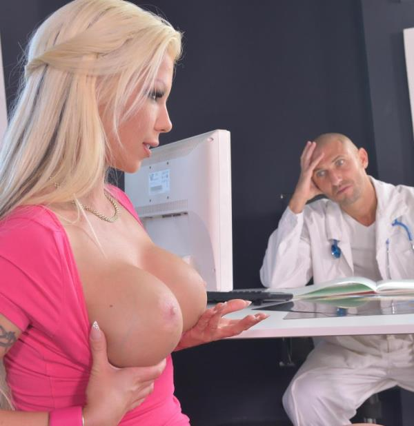 Barbie Sins  - Deep Throat Hungry Blonde (OnlyBlowJob/DDFNetwork)  [HD 720p]