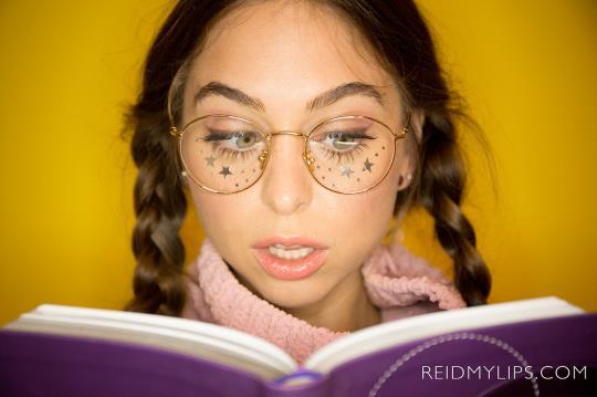 ReidMyLips: Riley Reid - My Anal Virginity (SD/480p/322 MB) 26.09.2017