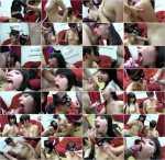 Brenda Warrilla, Leyre Pajon - Tragando lefotes en Halloween! (2012/HD)