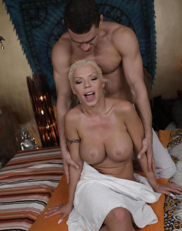 Barbie Sins - Big boobs blonde sucks and fucks (MassageRooms)  [HD 720p]