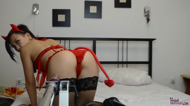 ManyVids.Webcams:  Girl AsianDreamX- Anal Propose Fuckmachine  [2017|HD|720p|608.63 Mb]