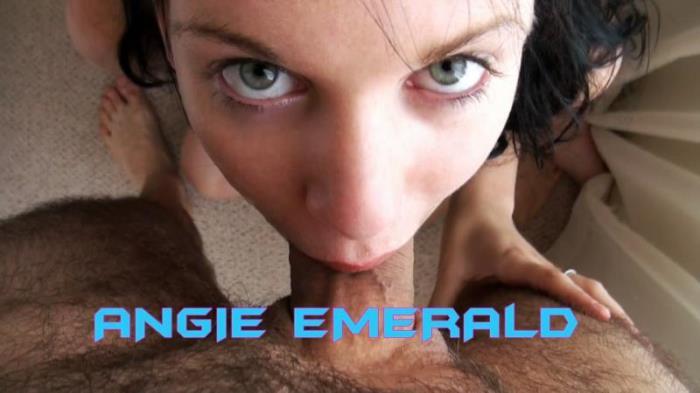 WakeUpNFuck: Angie Emerald - Wunf-75  [HD 720p] (744.63 Mb)