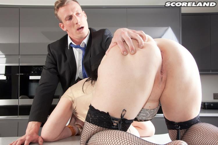 Sabrina-Jade - Big Tit Inspector [Scoreland, ScoreHD, PornMegaLoad / FullHD]