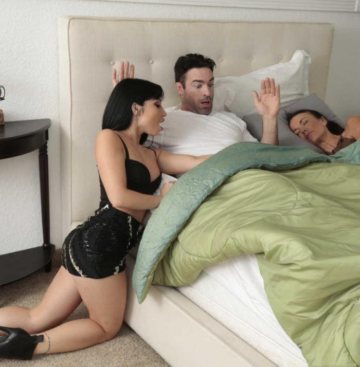 Rina Ellis- Dont Tell My Mom  [HD 720p] SneakySex/RealityKings
