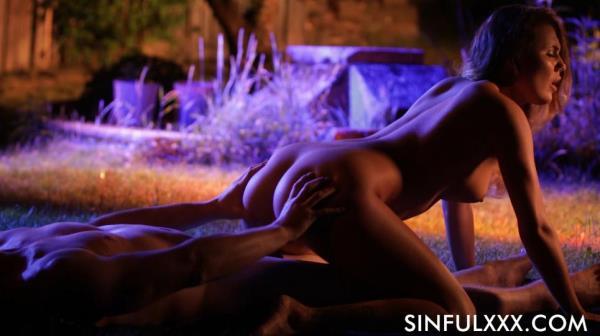 Vanessa Decker - Garden Of Lust [FullHD 1080p]