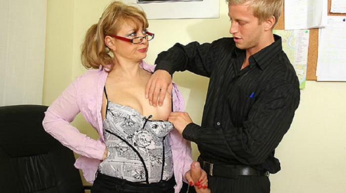 Grannybet - Milf - Keeping Up The Good Work [FullHD 1080p]