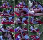 Picknick pissing sluts (FullHD 1080p)