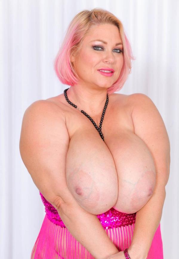 Samantha 38G - Camermans Cock (PlumperPass.com)  [HD 720p]