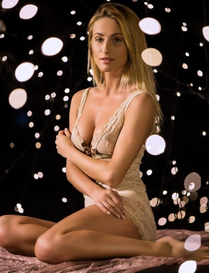 Cara Mell - Night Lights [FullHD 1080p]  - PlayBoyPlus