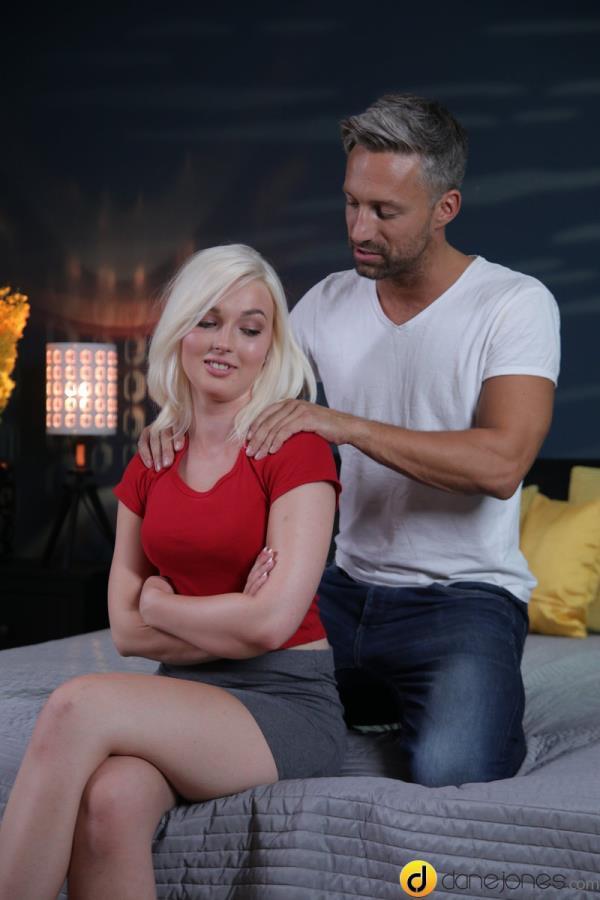 Lovita Fate - Make-up sex for cute blonde angel [SD 480p]