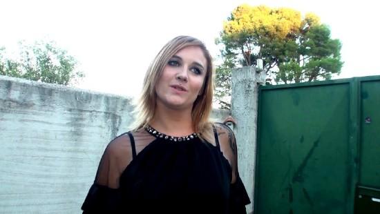 Sarah - (JacquieEtMichelTV) A Aubagne 13, avec Sarah ! [HD 720p] - French