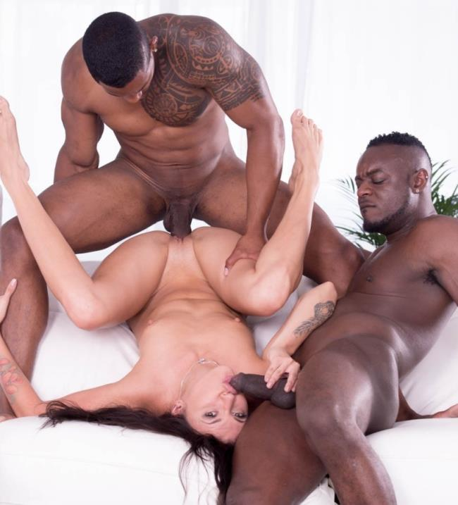 Verona Sky - Verona Sky, her first interracial trio comes with double vaginal [Private] HD 720p