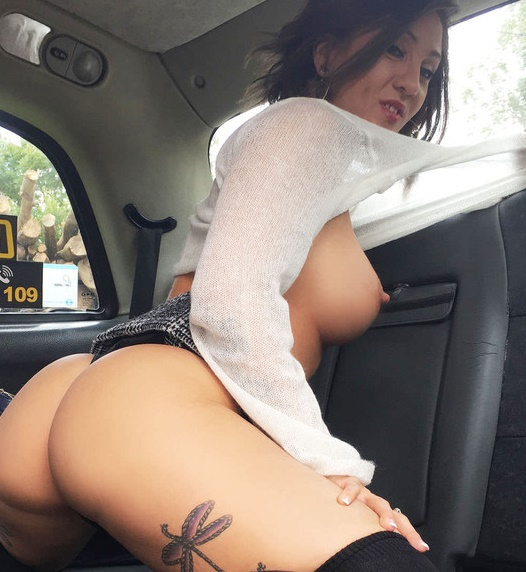 Betty Foxxx Spanish lady with great sexy body (Big Tits/FakeTaxi/ FakeHub/09.2017)