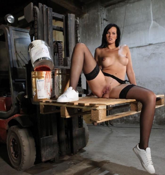 MMVFilms -  Sina Velvet  - Bad At Her Job, Awesome At Anal  [FullHD 1080p]