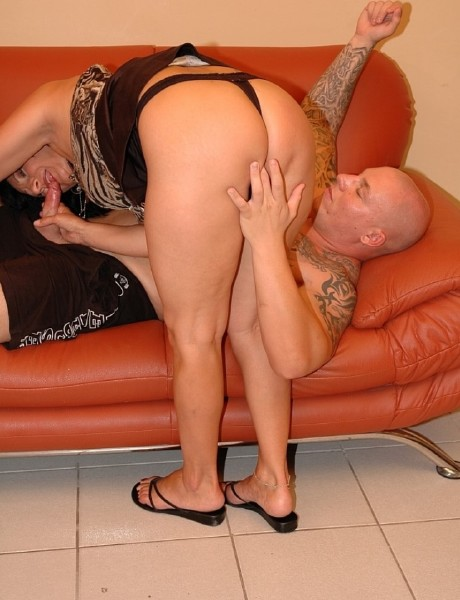 Milf - Happy Milf casting Amateurs (Tuttifrutti.club)