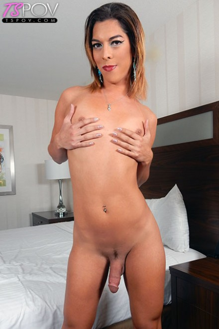 Kendra Sinclaire- Sexy butt slut wants to get fucked hard  [HD 720p] Tspov
