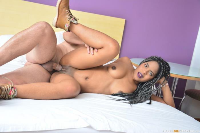 CarneDelMercado.com / PornDoePremium.com - Ana Ebano - Lusty ebony Colombian babe Ana Ebano gets facial in hot pickup and fuck [SD, 240p]
