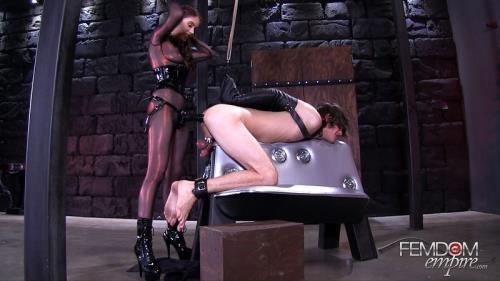 Anna Deville - Split Wide Open [FullHD, 1080p] [FemdomEmpire.com]