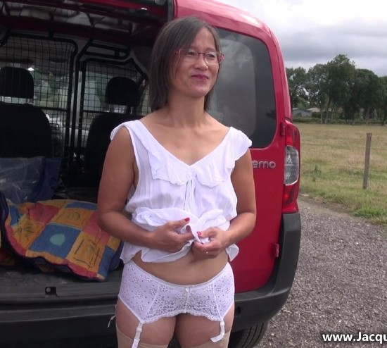 JacquieEtMichelTV - Le Thi - Le Thi, 44ans, agricultrice a Gisors ! [HD 720p]