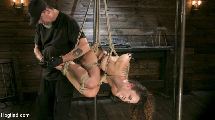 Roxanne Rae (Masochistic Pain Slut is Sadistically Dominated in Extreme Bondage / 31.08.17) [Kink, Hogtied / HD]