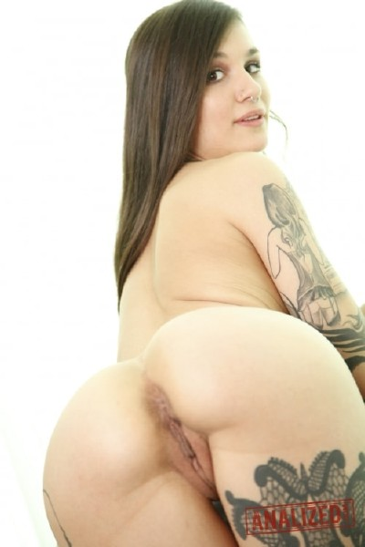 Analized -  Luna Lovely  - Submissive Tattooed Anal Lover  [FullHD 1080p]