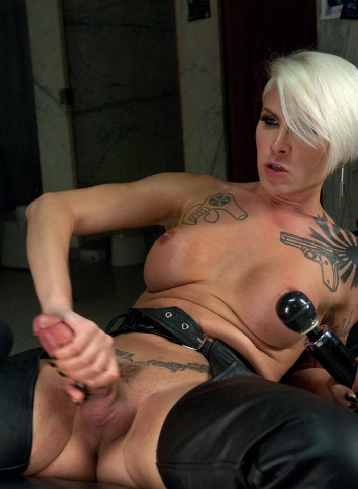 Danni Daniels, Daisy Ducati - Stalking, Bathroom Fucking, Glory Holes and Cum Shots (Trans) - Kink   [HD 720p]