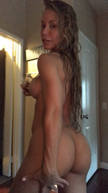 OnlyFans.com - Nicole Aniston - The most my ass has ever taken, for the FIRST TIME... and god I love it [2K UHD, 1920p]