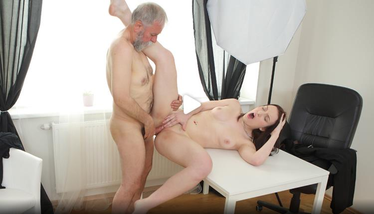 Foxy Fox - Tricky teacher shoots his dick moving inside a fresh brunette student [OldGoesYoung / 4K UHD]
