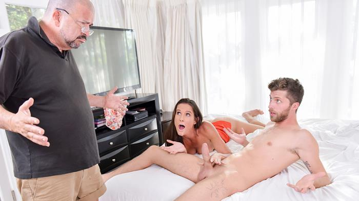 Sofie Marie - Family Makes Me Feel Better  - FamilyStrokes   [SD 540p]
