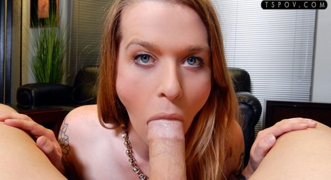 Taryn Elizabeth - sultry stunner Taryn sucks & swallows [TsPov / FullHD]