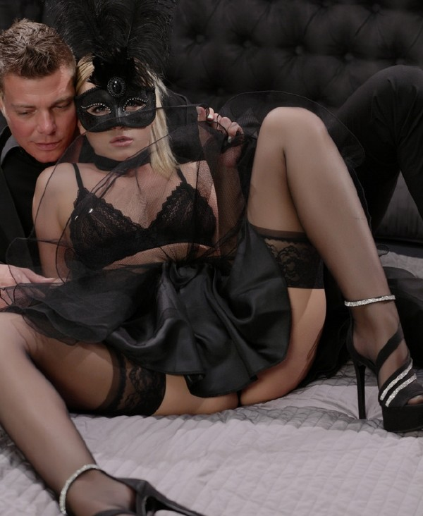 Vinna Reed- Masked Czech blonde Vinna Reed gets cum covered in erotic fantasy fuck  [HD 720p] xChimera.com/PornDoePremium.com