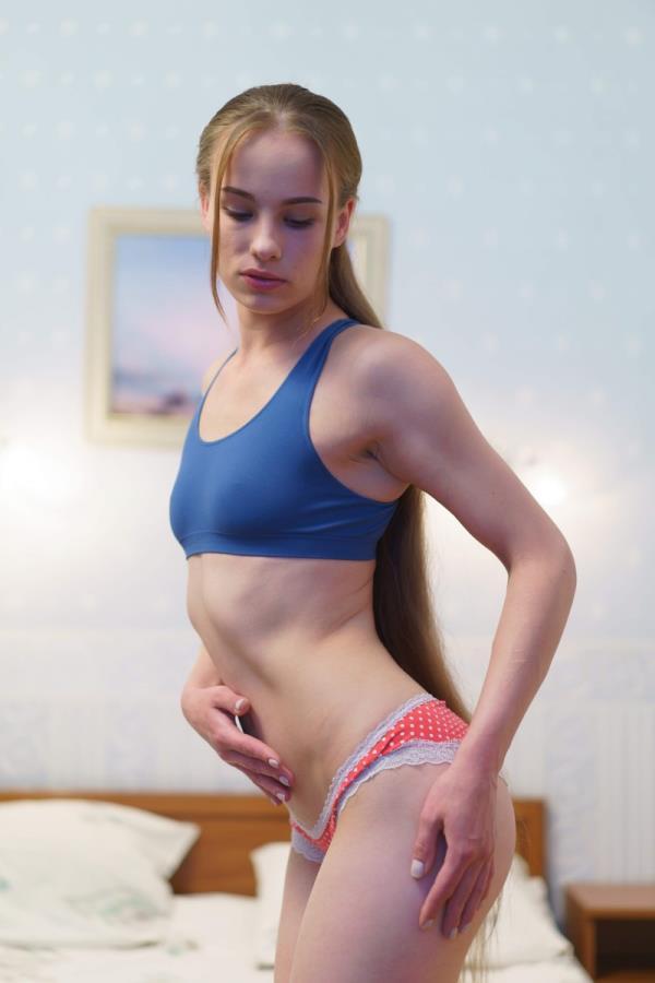 Liania - Better Than Masturbation  [HD 720p]