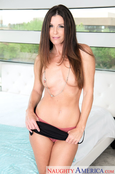 Housewife1On1.com / NaughtyAmerica.com - India Summer [SD, 360p]