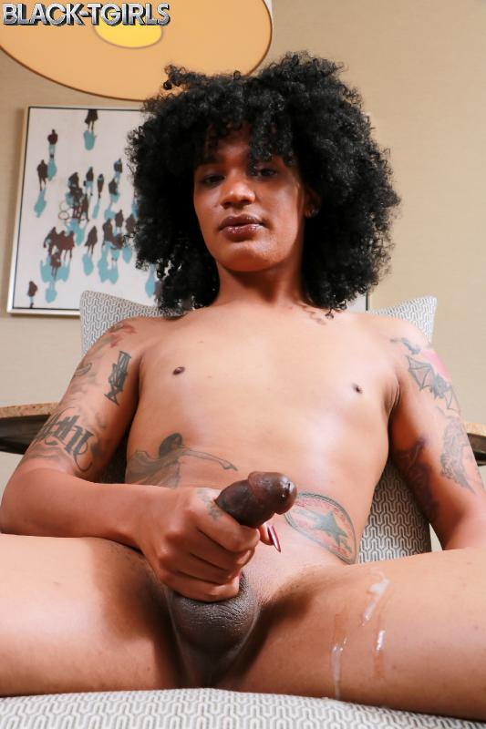 Kami Piper - Kami Piper Cums! (Black-TGirls) HD 720p