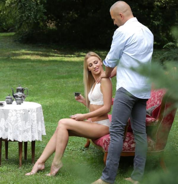 Afina Kisser - Deep Anal Romance (21EroticAnal/21Sextury)  [HD 720p]
